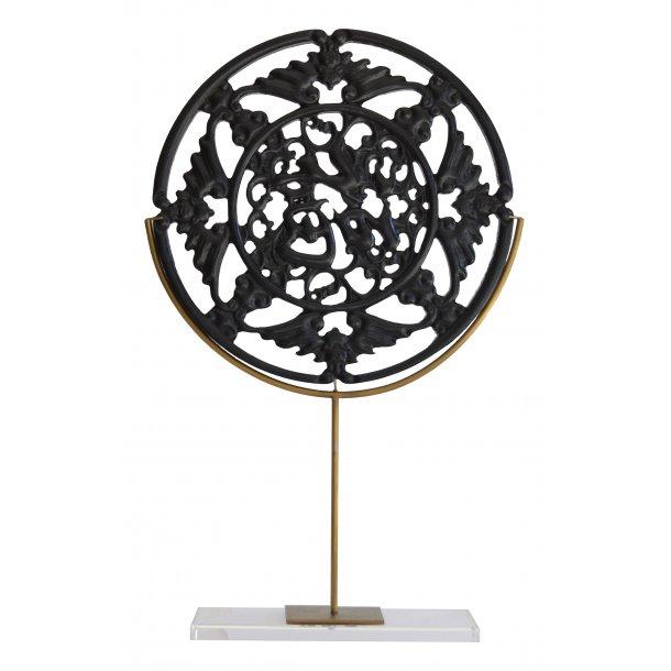 Elegant dekoration i sort træ